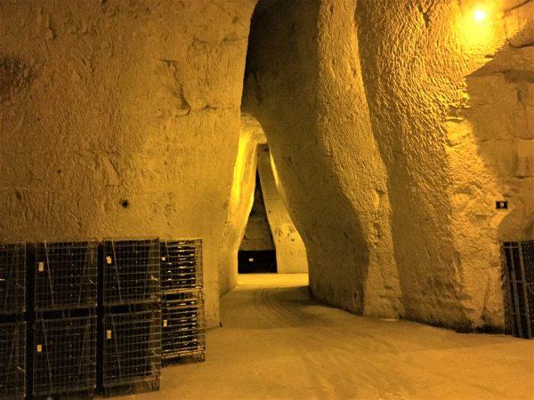 Les Crayères de la Maison de Champagne Charles Heidsieck, 8 km de galeries sous 30 m sous terre.