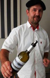 Emmanuel Lagrave, vigneron à  Aurions-Idernes (Pyrénées Atlantiques)