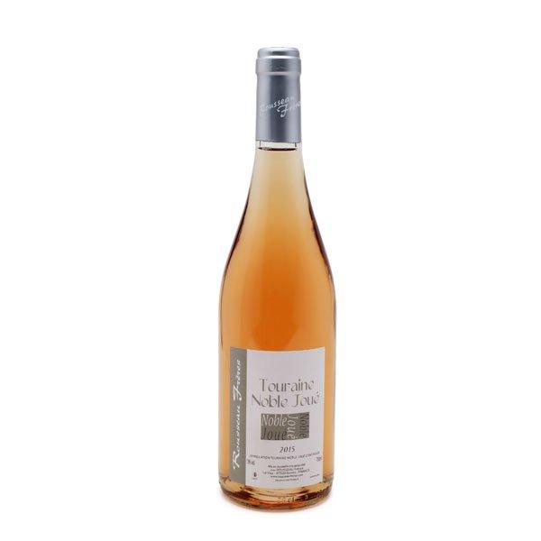 """Noble-Joué du domaine Rousseau Frères, est un vin gris """"oeil de perdrix"""" élaboré avec les 3 pinots : pinot meunier entre 50 et 60 %, pinot gris entre 30 et 40 % et pinot noir entre 10 et 20 %."""