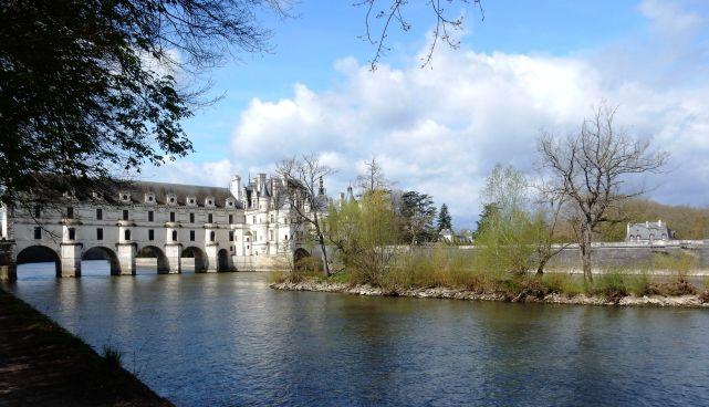 Le château de Chanonceaux qui enjambe le Cher
