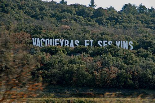 Vacqueyras, ouverture sur son vignoble