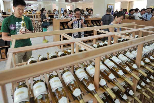 Consommateur chinois dans un chateau du Ningxia Hui