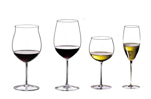 Verres à vin (verre à dégustation) tous les verres et les grands verriers