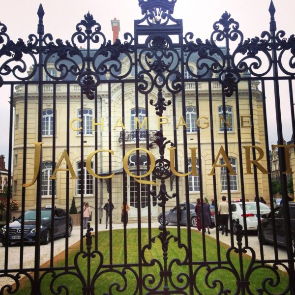 L'hôtel de Brimont à Reims qui abrite le Champagne Jacquart
