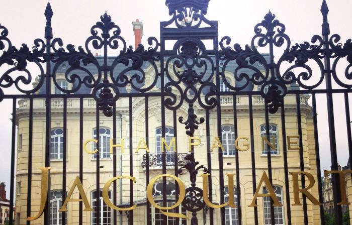 L'hôtel de Brimont boulevard Lundy à Reims qui abrite la maison de Champagne Jacquart