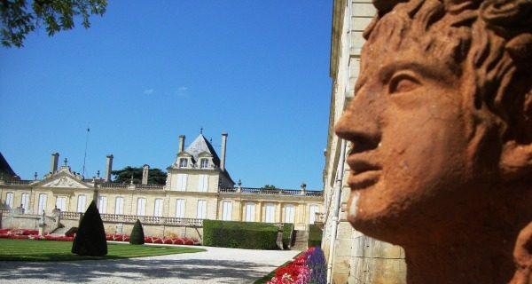 Bordeaux 2020 : Brexit, taxes Trump, incertitudes liées aux exportations… Qu'importe, les Grands Crus de Bordeaux tiennent le cap !