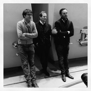 Autour de Pierre Lurton, à gauche, Pierre-Olivier Clouet, directeur technique de Cheval Blanc et à droite, Nicolas Corporandy, chef de culture