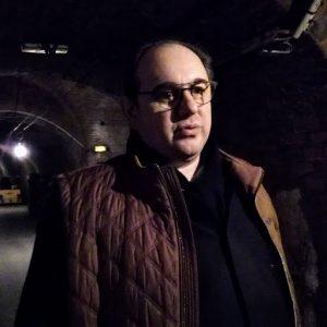 Hubert de Billy dans le dédale des 7,5 km de caves, les plus profondes d'Epernay (33 m) Photo FC