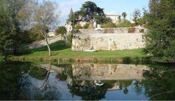 Le Château Lagorce est la dernière transaction en date (avril 2018), Château de Lagorce, domaine en AOC Bordeaux dans l'Entre-Deux-Mers à Targon (68,7 ha de terres, dont 43,3 ha en production) a été vendu à SCEA Degore (groupe chinois spécialisé dans la distribution de vin).