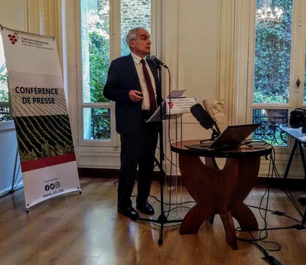 Jean-Marie Aurand Directeur Général de l'OIV, lors de la présentation de la conjoncture vitivinicole mondiale 2017 (Photo FC)