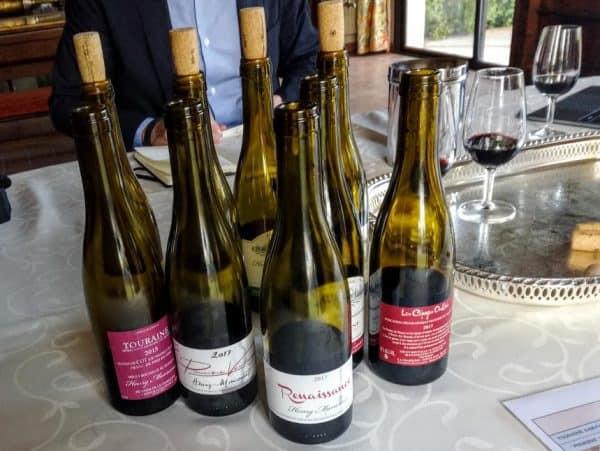 Henry Marionnet quelques unes de ses cuvées dégustées chez lui à la Charmoise en Sologne (Photo FC)