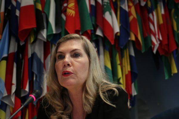 Regina Vanderlinde, de nationalité brésilienne a été élue Présidente de l'OIV en juillet 2018. Ici, lors de son discours inaugural.